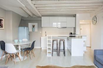 Un appartement blanc comme neige