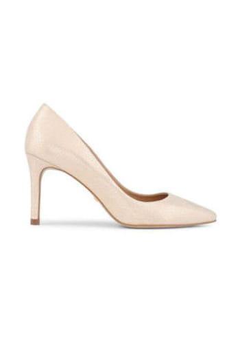 25 paires de chaussures de mariée