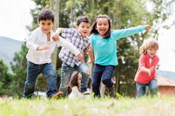 10 idées pour occuper son enfant pendant les vacances