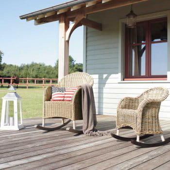 des rocking chair pour se d lecter des magnifiques couleurs de l 39 automne d corations pour un. Black Bedroom Furniture Sets. Home Design Ideas