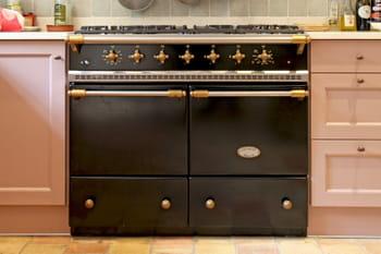 Piano de cuisson : ce qu'il faut savoir sur cette cuisinière star