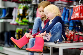 Des enfants bien chaussés pour partir du bon pied