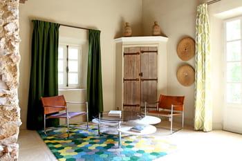Déco vintage dans hameau provençal