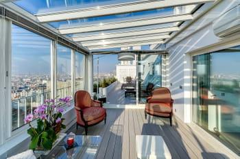 140 m² ouverts sur les toits de Paris