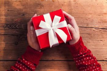 Des idées de cadeaux de Noël mode pour lui