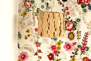 nettoyer du papier peint journal des femmes. Black Bedroom Furniture Sets. Home Design Ideas