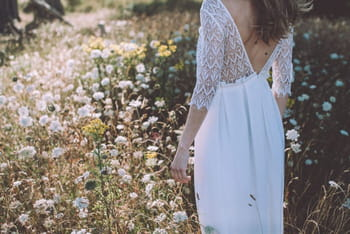 Lorafolk dévoile sa collection 2016 de robes de mariée