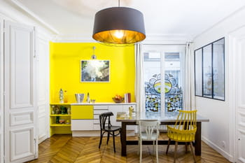 Un appartement vitaminé aux accents Art déco