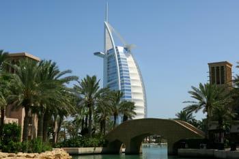 Dubaï, luxueux paradis artificiel