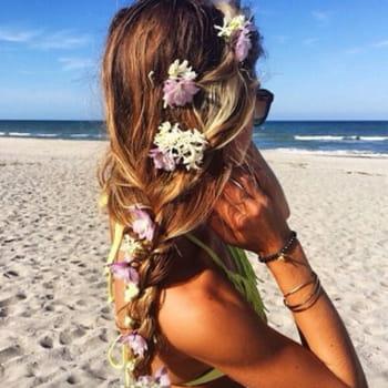 45 idées coiffure pour être sublime à la plage