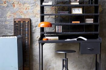 9 bureaux pour un style industriel à la maison