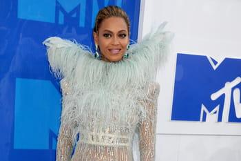 Les MTV Video Music Awards 2016 et leur palmarès de looks