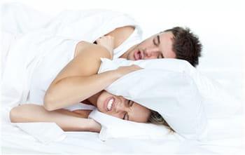 Ronflements : et si c'était de l'apnée du sommeil ?
