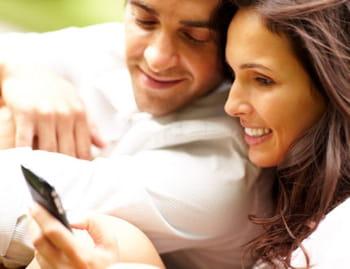 10 façons d'annoncer son mariage à ses proches