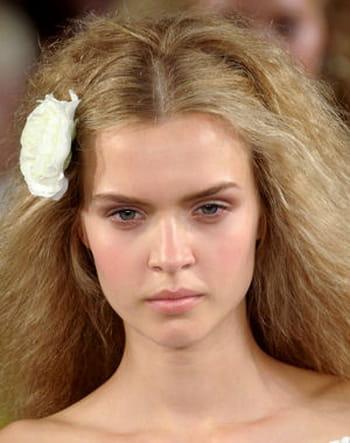 10 coiffures romantiques