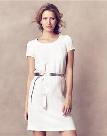 La robe blanche sous toutes ses formes