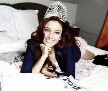 Delphine Wespiser (Miss France 2012):Les vacances de l'amour