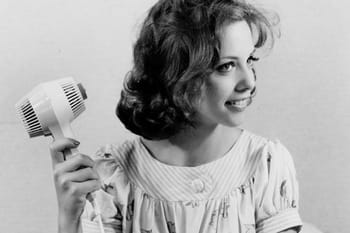 Philips fête ses 50 ans d'innovation coiffure