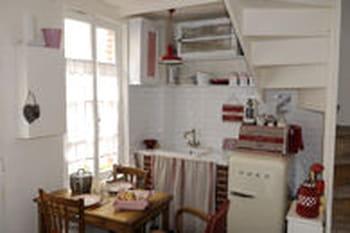 am nager et optimiser une petite cuisine. Black Bedroom Furniture Sets. Home Design Ideas