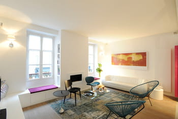 Un appartement à la déco douce et intemporelle
