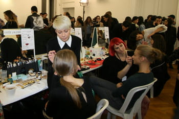 Fashion week  Paris : les coulisses beaut&eacute; du d&eacute;fil&eacute; Anthony Vaccarello