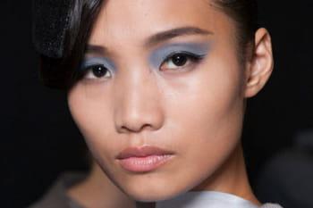 Maquillage des yeux : la tendance pastel