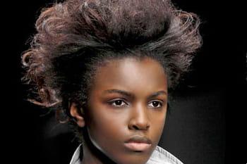 Idées pour une coupe afro stylée