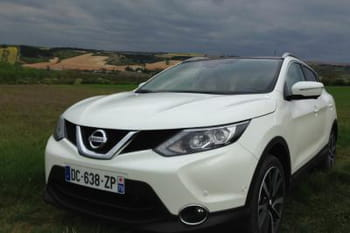 j 39 ai test le nouveau nissan qashqai 2014. Black Bedroom Furniture Sets. Home Design Ideas
