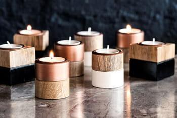 16 bougies aux parfums envoûtants