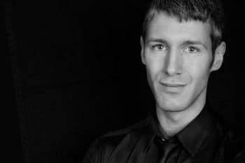 Maxime Poulin (Make-up artist Guerlain ):Entretien avec Maxime Poulin, make-up artist chez Guerlain