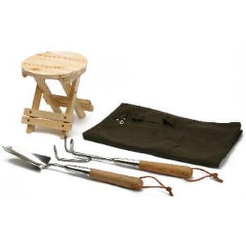 15 outils indispensables pour jardiner