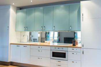 Les cuisines ikea en situation journal des femmes - Ikea table cuisine blanche ...
