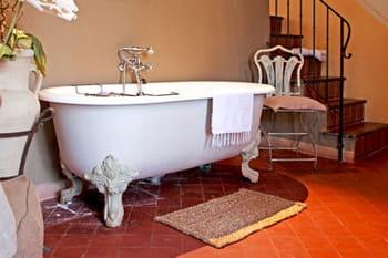 On veut une baignoire sur pieds, à l'ancienne !