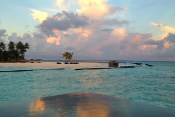 Visite du Constance hôtel Halaveli aux Maldives, un écrin de luxe et d'exotisme