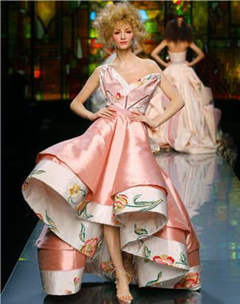 Des robes du soir haute couture