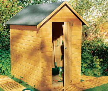 un abri en sapin des abris de jardin bien utiles journal des femmes. Black Bedroom Furniture Sets. Home Design Ideas
