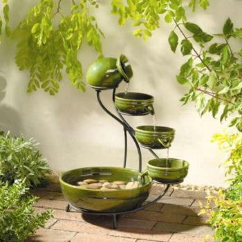 fontaines d 39 ext rieur des fontaines qui ont du style journal des femmes. Black Bedroom Furniture Sets. Home Design Ideas