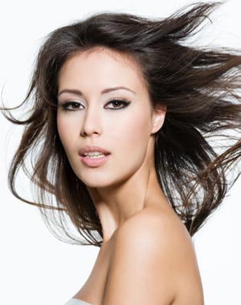 Cheveux : stop aux mauvaises habitudes !