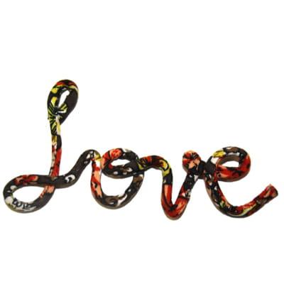 etape 2 cr er le mot love diy le collier love pour la saint valentin journal des femmes. Black Bedroom Furniture Sets. Home Design Ideas