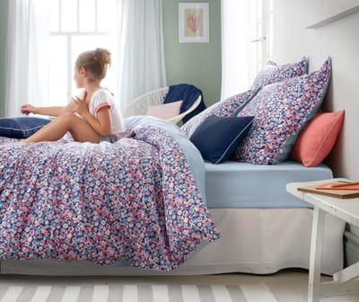 linge de lit liberty de cyrillus linge de lit a sent le printemps journal des femmes. Black Bedroom Furniture Sets. Home Design Ideas