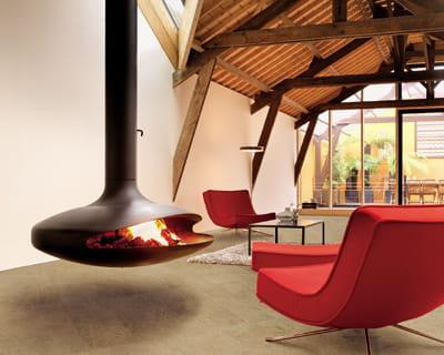foyer suspendu de focus chemin es. Black Bedroom Furniture Sets. Home Design Ideas