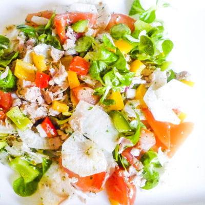 Salade tomates poivrons et thon - Cuisiner du thon en boite ...