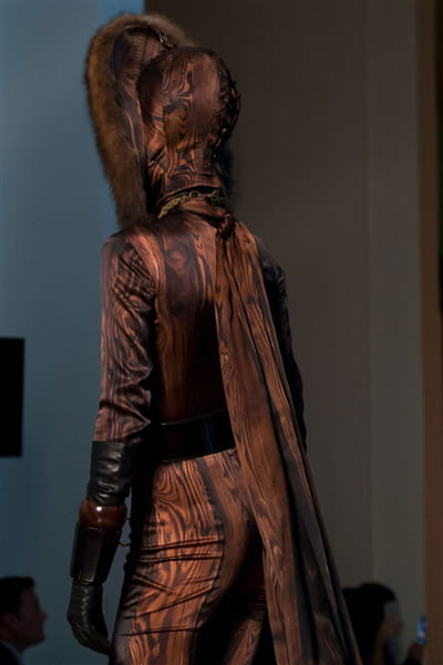 Jean Paul Gaultier (Close Up) - photo 2