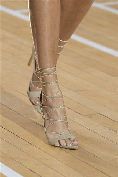 Julien Macdonald (Close Up) - photo 3