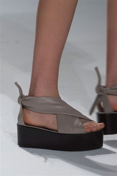 Chalayan (Close Up) - photo 2