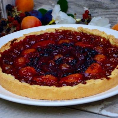 tarte aux mirabelles abricots quetsches et fruits rouges. Black Bedroom Furniture Sets. Home Design Ideas