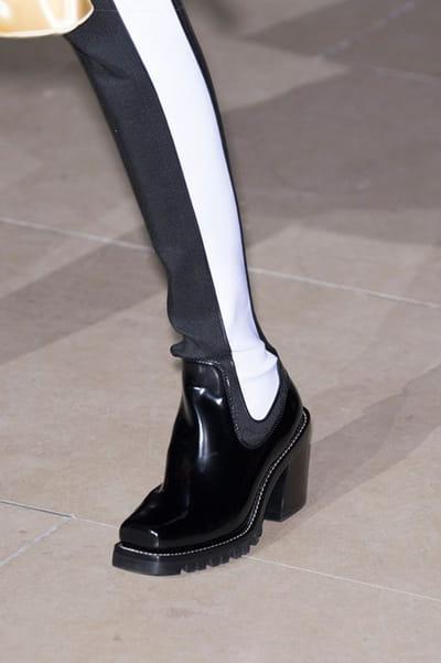 Louis Vuitton (Close Up) - photo 2