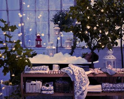 sur vos plantes guirlandes lumineuses un clairage original journal des femmes. Black Bedroom Furniture Sets. Home Design Ideas