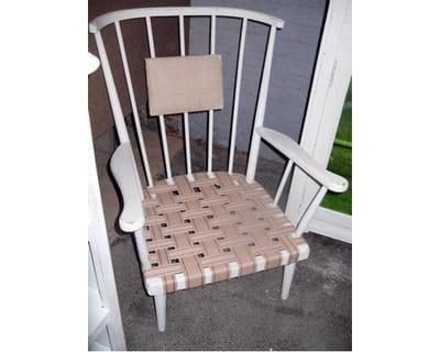 sangl des chaises et fauteuils relook s de fa on originale journal des femmes. Black Bedroom Furniture Sets. Home Design Ideas