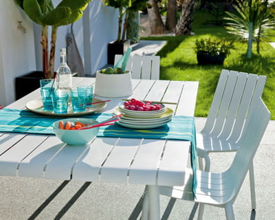 Table et chaises exploration de leroy merlin du mobilier for Mobilier de jardin leroy merlin